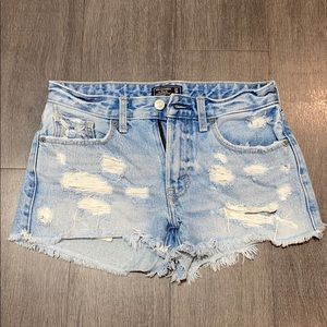 Low rise Abercrombie shorts